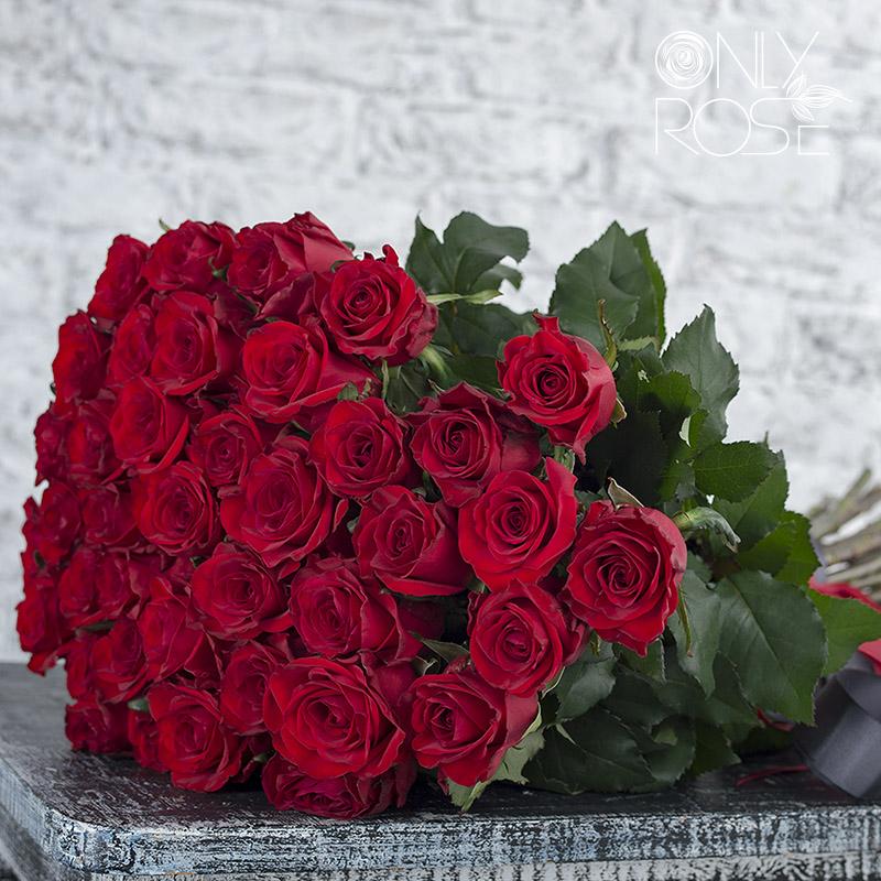 Buket Iz Krasnyh Roz Red Igl 1 1.992x992